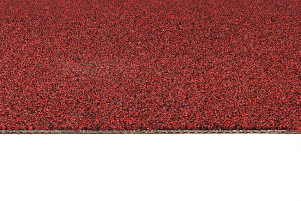 Coburn punainen