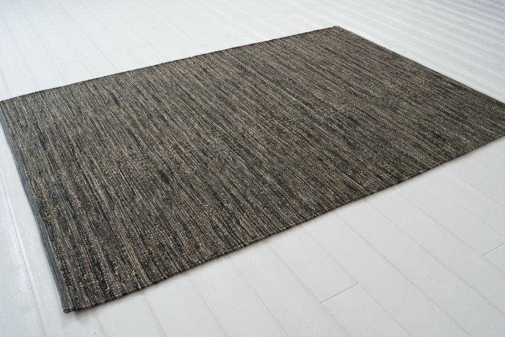 Sindra musta 140x200