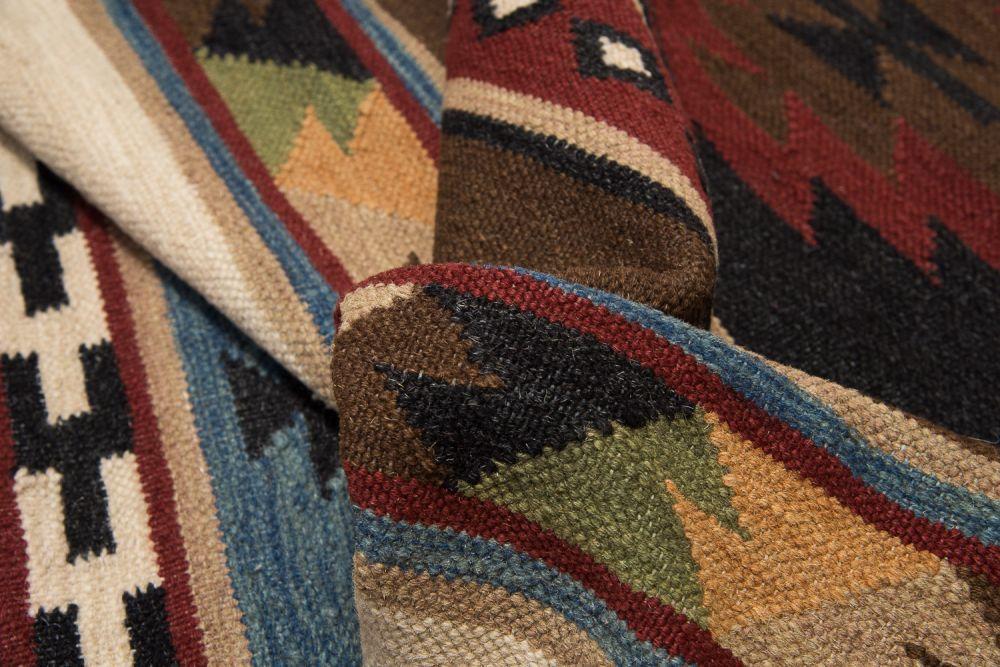 Maya musta 80x300